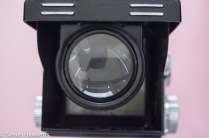Yashica 635 TLR magnifier