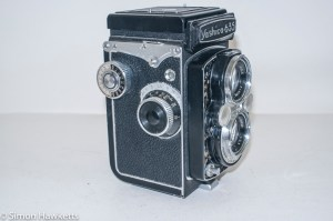 Yashica 635 TLR side view showing focus and film advance