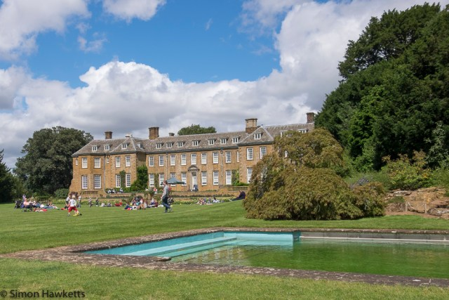 Upton House Fuji X-T1 Pictures - The house from the swimming pool