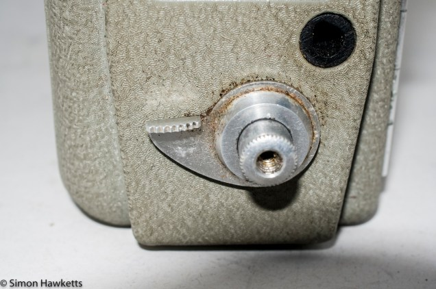Eumig Electric 8 Cine Camera - Shutter release with lock