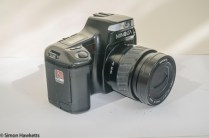 Minolta Dynax 5000i auto focus camera - side view showing grip