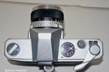 Mamiya/Sekor 500 DTL 35mm SLR camera - Top view of camera