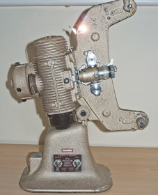 Bell & Howell 606H projector : Front side view of projector