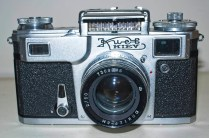 Kiev 4 Rangefinder : Front of camera with light meter uncovered