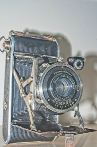 Ihagee Ultrix Folding Camera : Side view