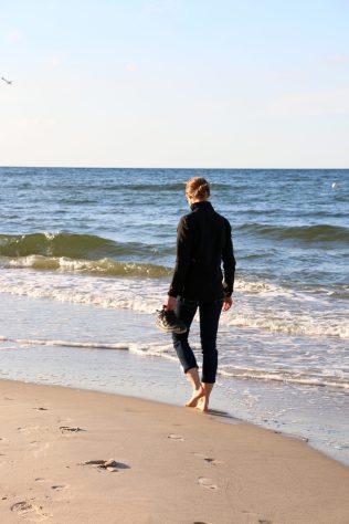 Waling the shore