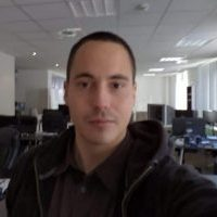 This is a selfie of the author and owner of Simon's Casino Gambling Blog, me, Simon András Péter, a.k.a. by the internet pseudonym SimonTheSorcerer, owner of Simon's Online Marketing Kft. This is the homepage of my online casino gambling blog, you can see what's on the website, the links to all the different sections of the website.