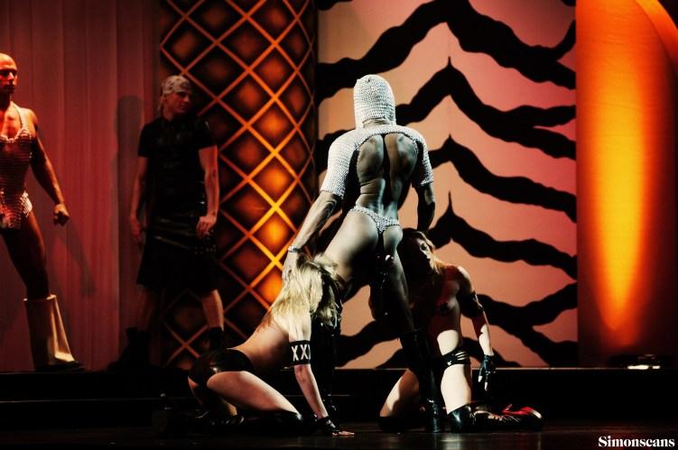 Erotica_2004_032
