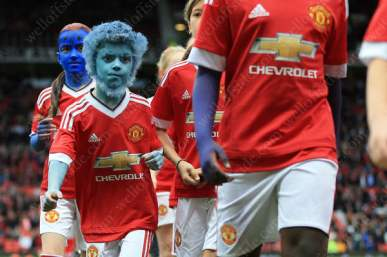 A young Man Utd mascot helps promote the new X-Men film