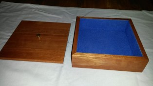 Red Gum Box with Flocking