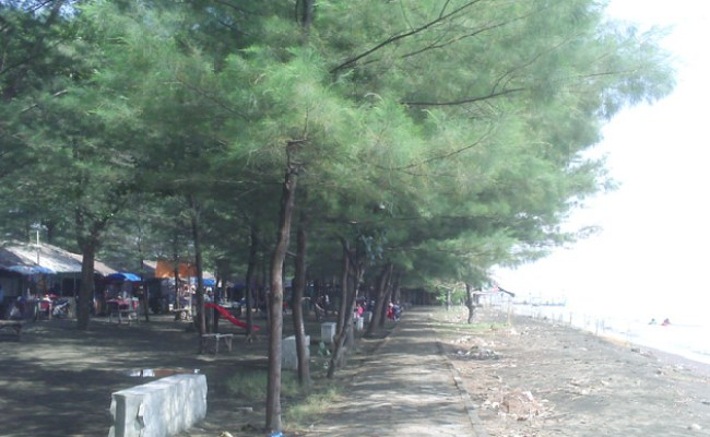 Semilir Angin Di Pantai R Joko Tingkir Jalan Jalan Ke