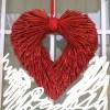 バレンタインの飾りは、他のイベントでも兼用できるものを選んでいます。
