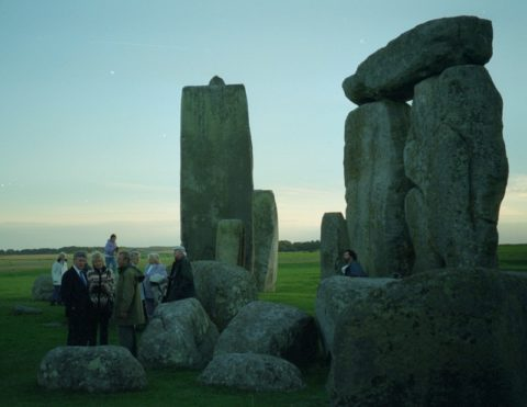 Free members' visits within the stones at the end of the 20th century