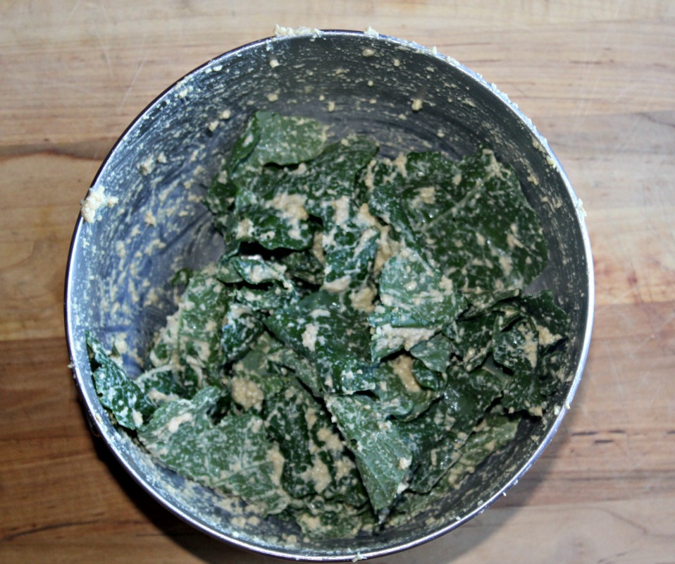kale-chips-mixed-up-simpleandsavory