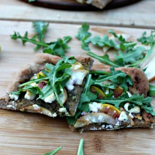 Apple & Fig Flatbread with Goat Cheese #Appleweek