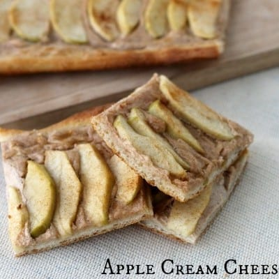 Apple Pizza with cream cheese sauce