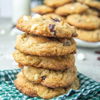 5 cookies stacked on top of each other