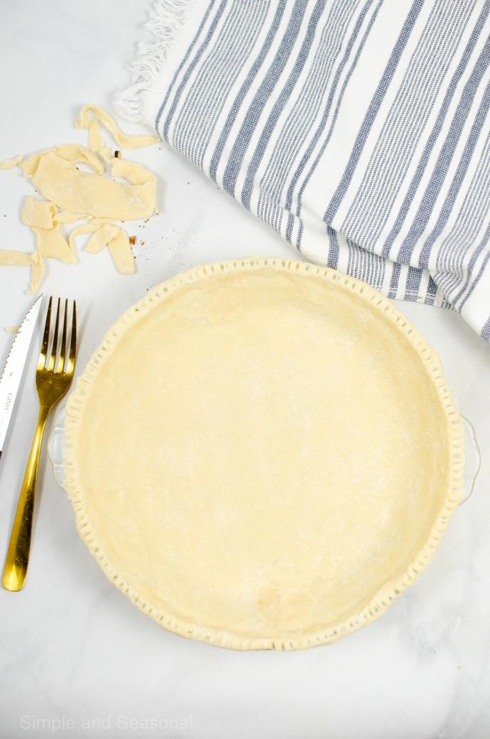 pie crust in a pie plate