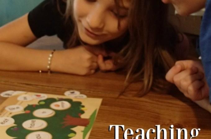 Teaching Children to Build Sentences
