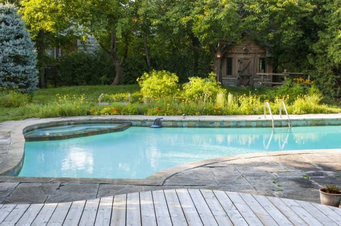 How to Make Your Backyard As Relaxing As the Inside of Your Home