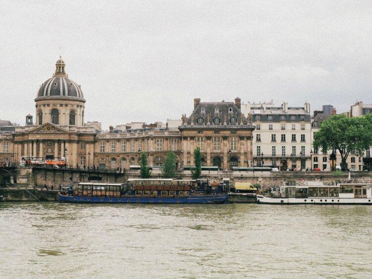 muzulmán találkozó helyén párizs online társkereső iroda ausztria