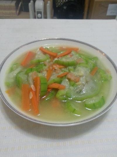 紅蘿蔔絲瓜蝦仁 - ㄚ喵ㄟ簡單手路菜