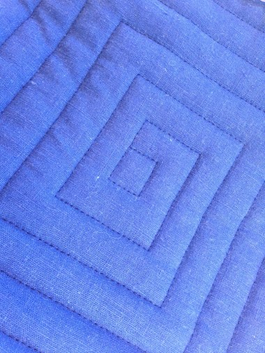 Square spiral quilting