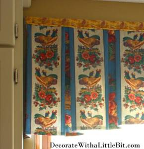 HometoCottage.com French Country Rooster pleated valance