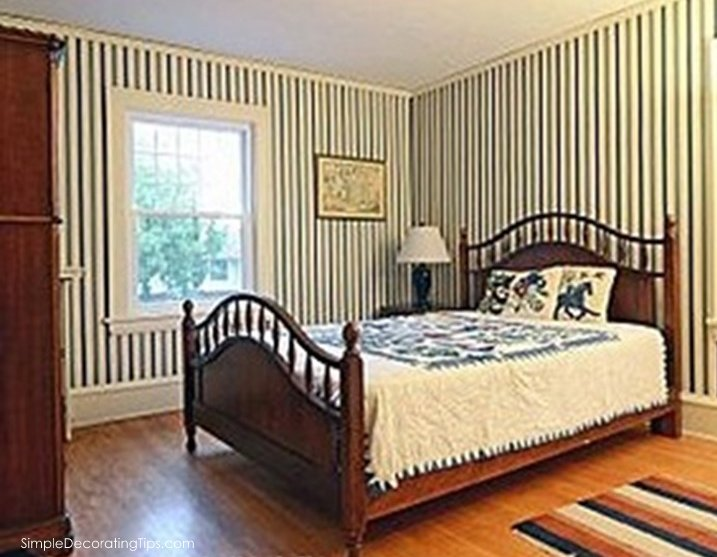 bungalow master bedroom SimpleDecoratingTips.com