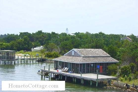 HometoCottage.com boat house 1