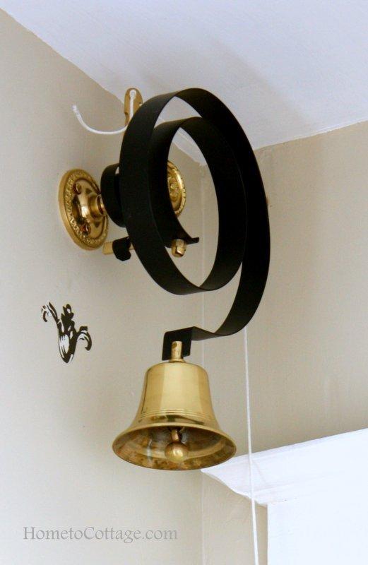 HometoCottage.com Doorbell bell on spring inside entry