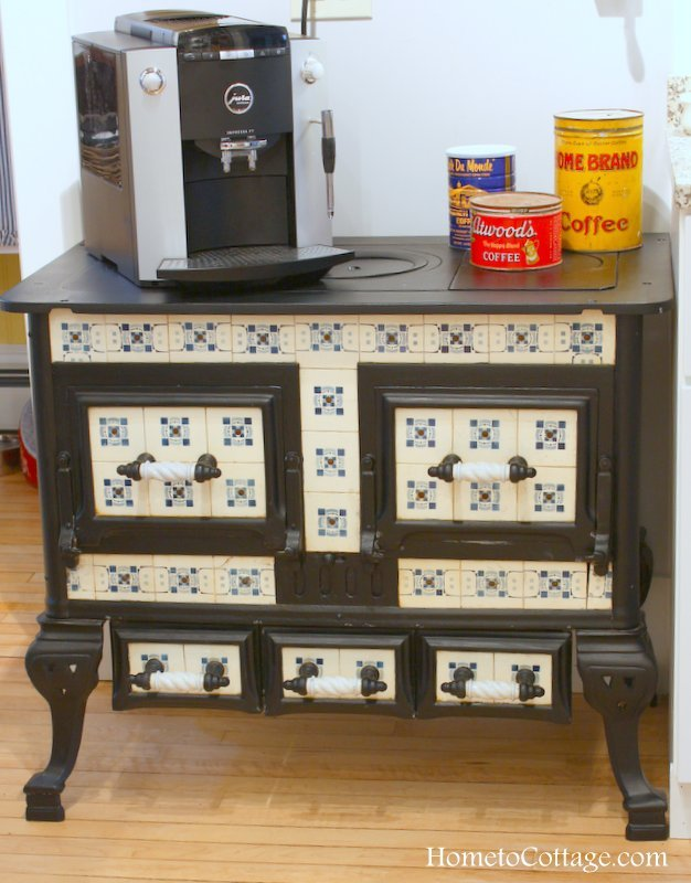 HometoCottage.com Antique Cookstove coffee bar