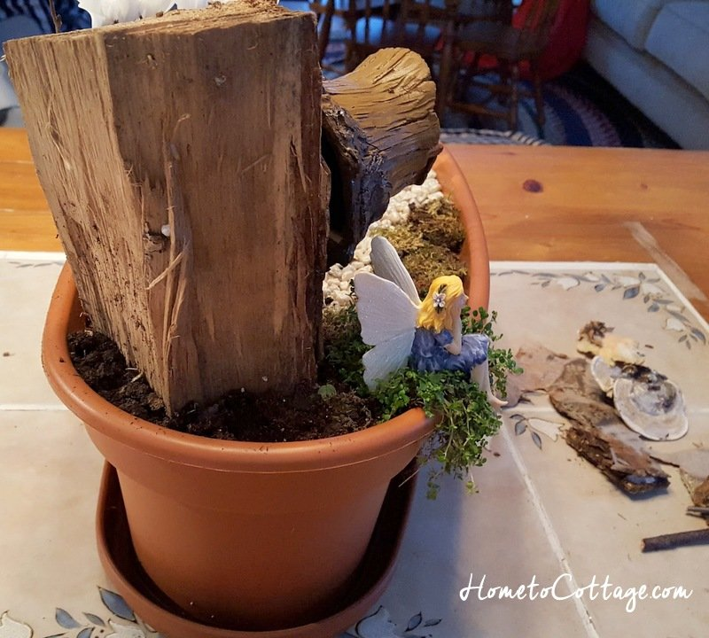 HometoCottage.com miniature fairy garden log used for house