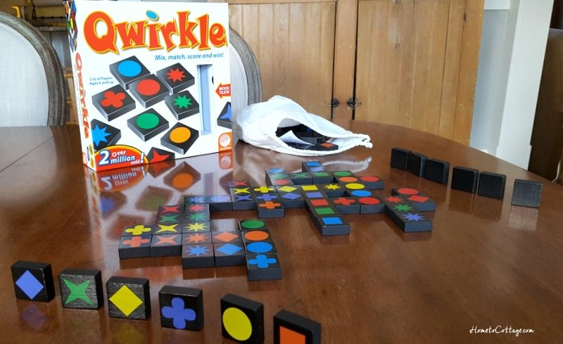HometoCottage.com Qwirkle pieces in play