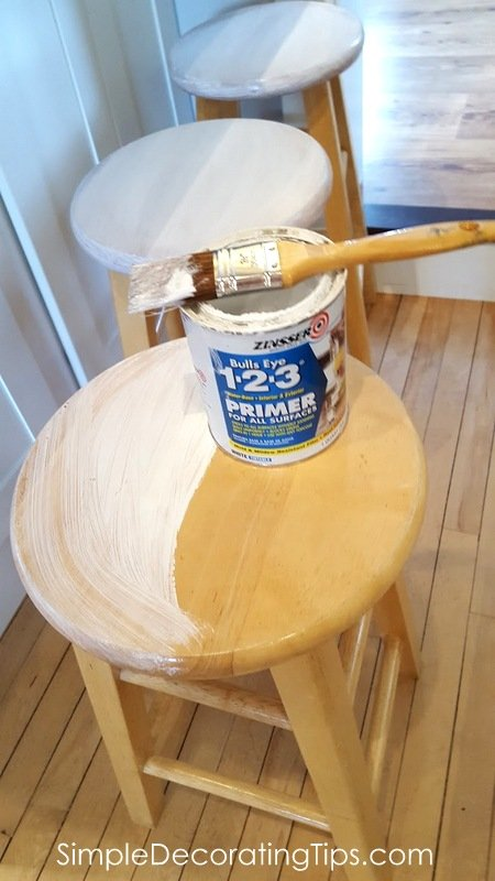SimpleDecoratingTips.com priming tops 1