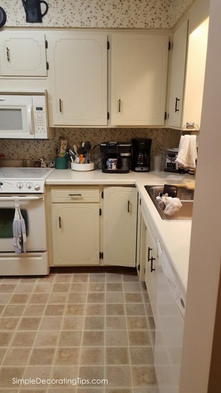 Before and After Condo Kitchen Renovation, SimpleDecoratingTips.com