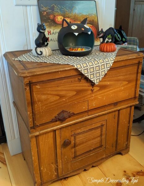 SimpleDecoratingTips.com Halloween Centerpiece
