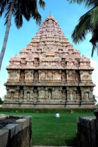 800px-Back_view_of_Raja_gopuram
