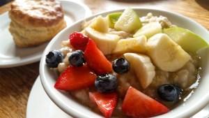 3-Grain Porridge and Biscuit at Spoons Cafe