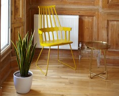 yellow chair style