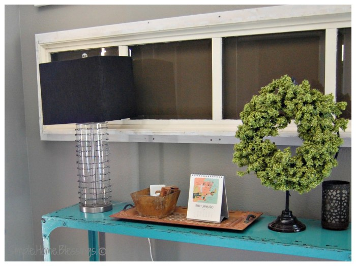 DIY Chain-mail Knockoff Lamp in Entryway