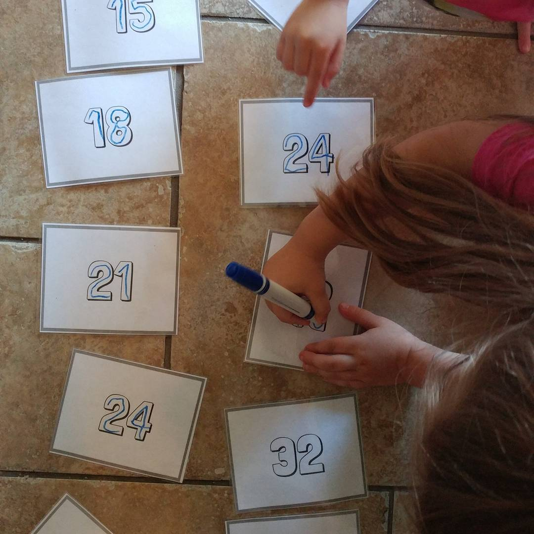 Skip Counting Tips and Tricks - teach skip counting with the help of these free printable cards