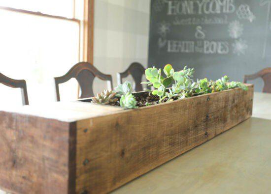 Homestead Blog Hop Feature - Pallet Wood Succulent Plant Holder