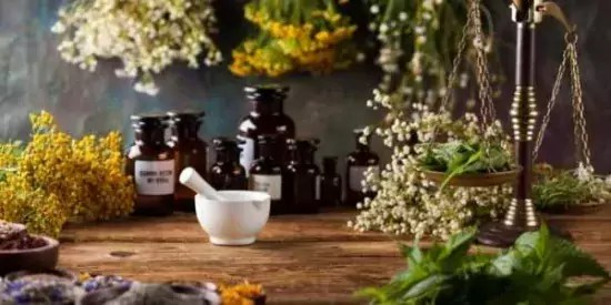 Homestead Blog Hop Feature - Natural Home Remedies that Work