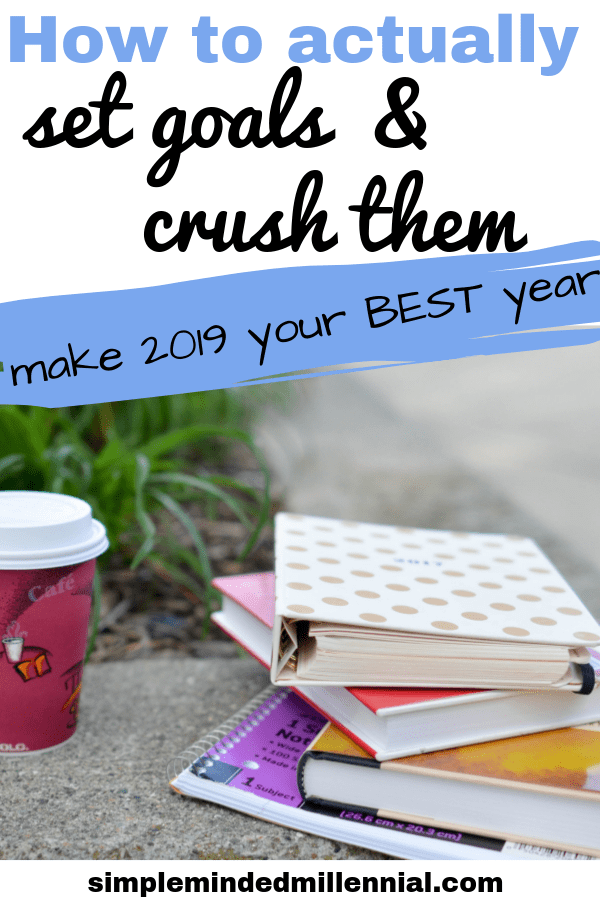 New Year Resolutions. How to set goals and achieve them. Goal setting tips. Dream life. How to figure out what you want to do with your life.