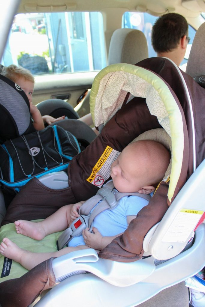 Road Trip Tips with Toddlers and Babies - Simple Moments Stick