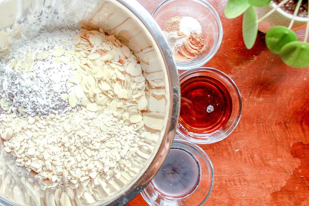 Simple Healthy Homemade Maple Vanilla Granola