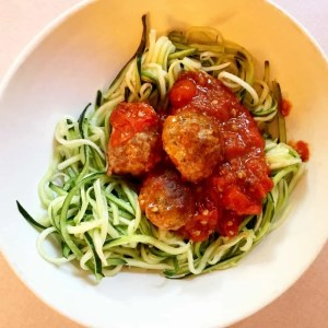 whole 30 meatballs and zoodles