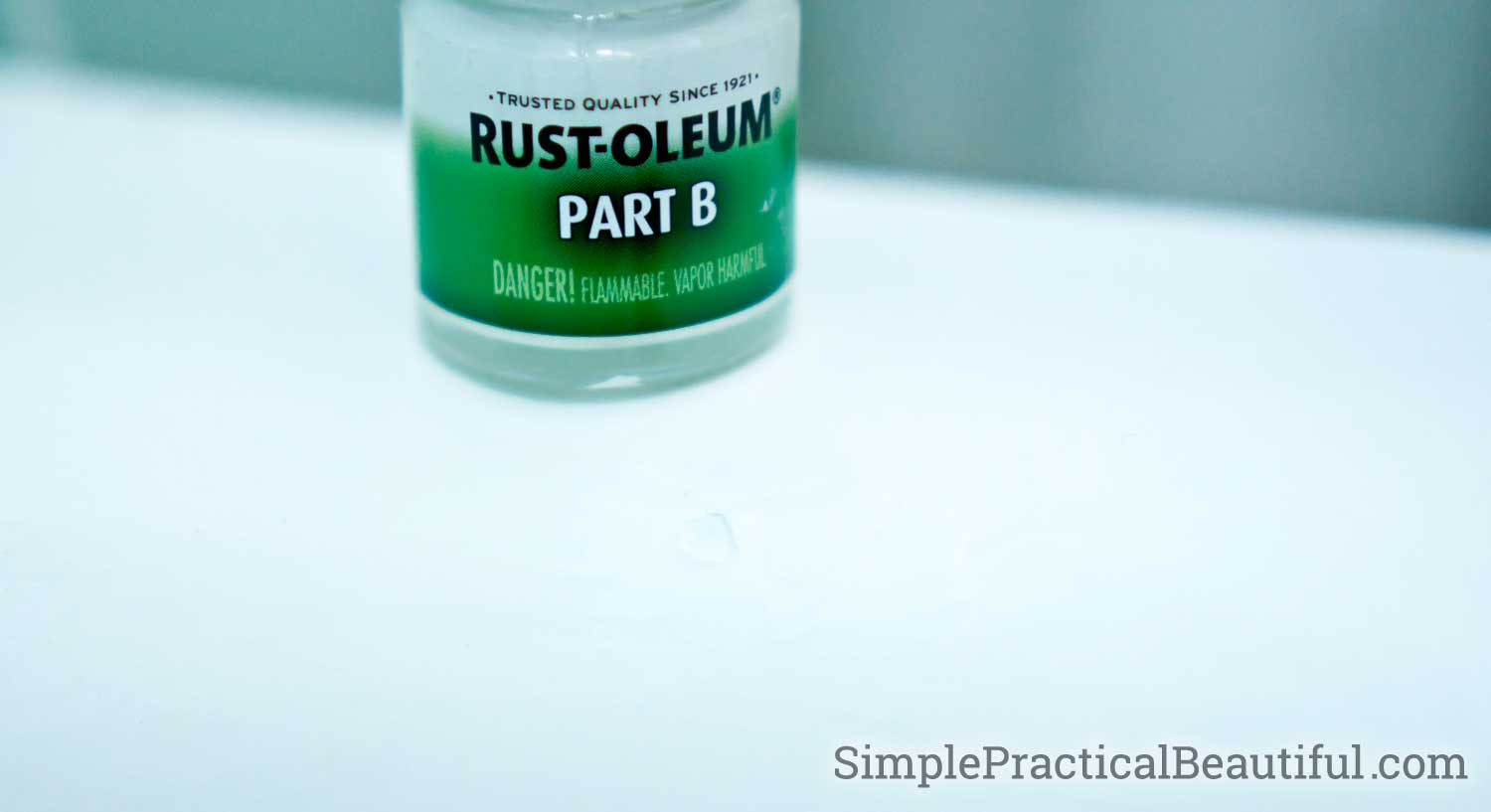 how to repair bathtub chips and peels