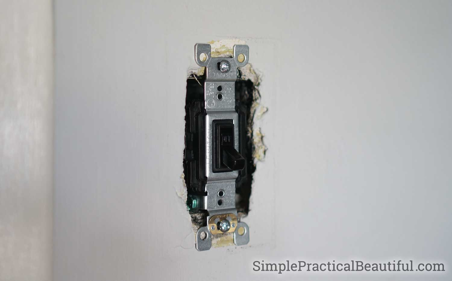 How to Replace a Light Switch Simple Practical Beautiful